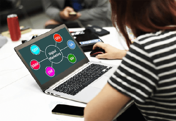 Top 9 Skills Required to Become a Digital Marketing Expert